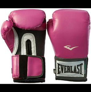 Everlast pink boxing gloves 8oz